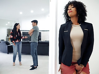 Ebony real estate agent fucked client