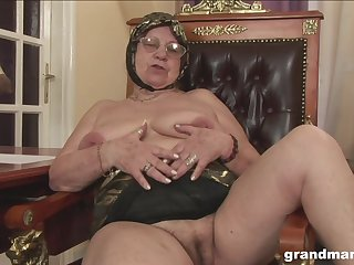 Mature BBW granny fucked from behind hardcore in a hotel room