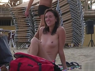 Nudism Beach Voyeur Amateur Hot Ladies Spy Hidden Cam