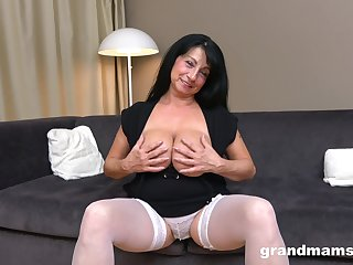 Busty mature wife gets double penetrated by two handsome dudes