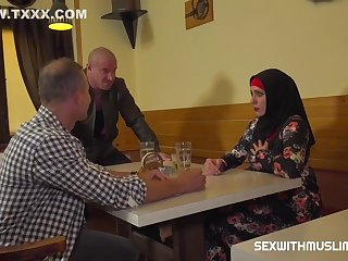Muslim Woman Spread Her Legs For Ids With Max Born, Brittany Bardot And George Uhl