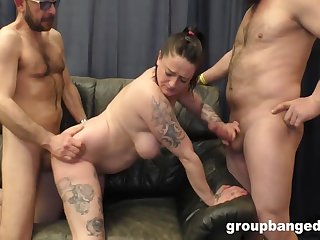 Two Queens Squeeze The Jizz Out Of Everyone - Adrienne Kiss